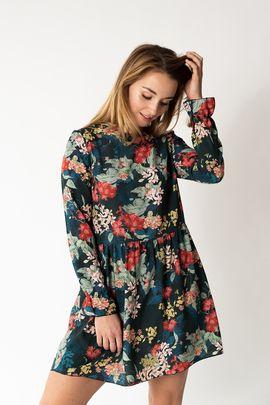 Foto zu Schnittmuster Kleid mit Rüschen #kleidruffles von fashiontamtam