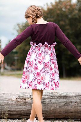 Foto zu Schnittmuster Kleid Lovely Bloom von LovelySewDesign