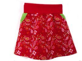 Foto zu Schnittmuster Mädchenrock mit Jerseybund und Taschen von Märzenbecher