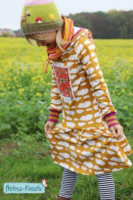Foto zu Schnittmuster Hoodie/Shirt/Drehkleid Lottchen von MiToSa-Kreativ