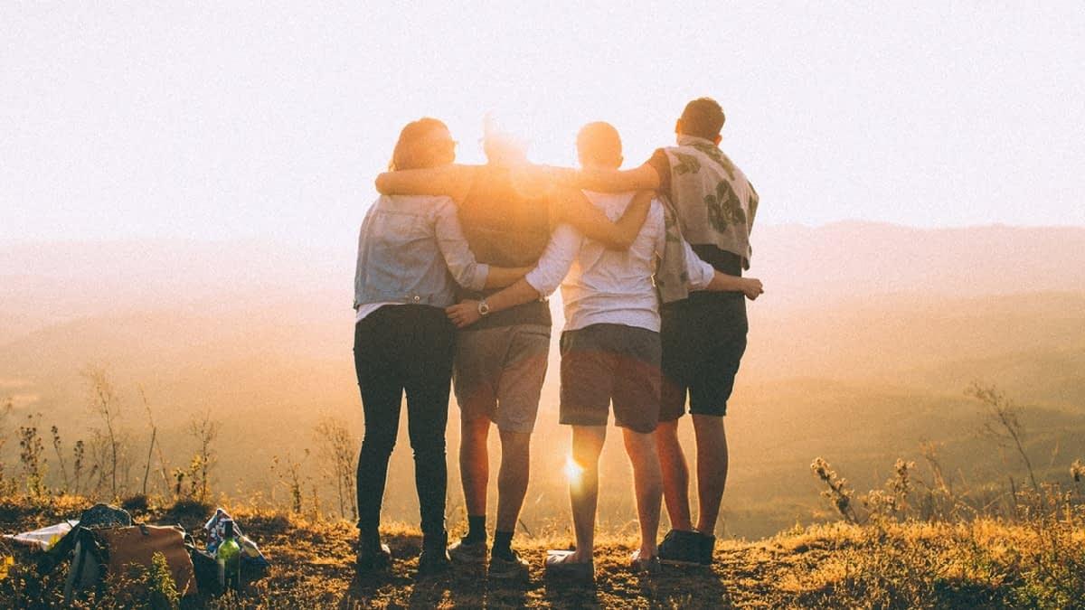 Gruppe junger Menschen