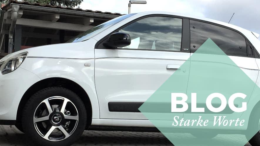 weißes Auto und Störer Blog Starke Worte