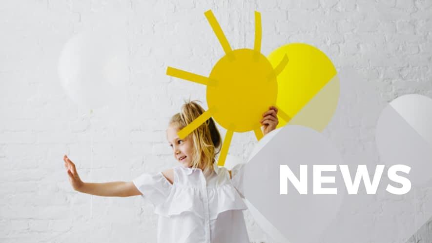 MS News: Mädchen mit Papiersonne