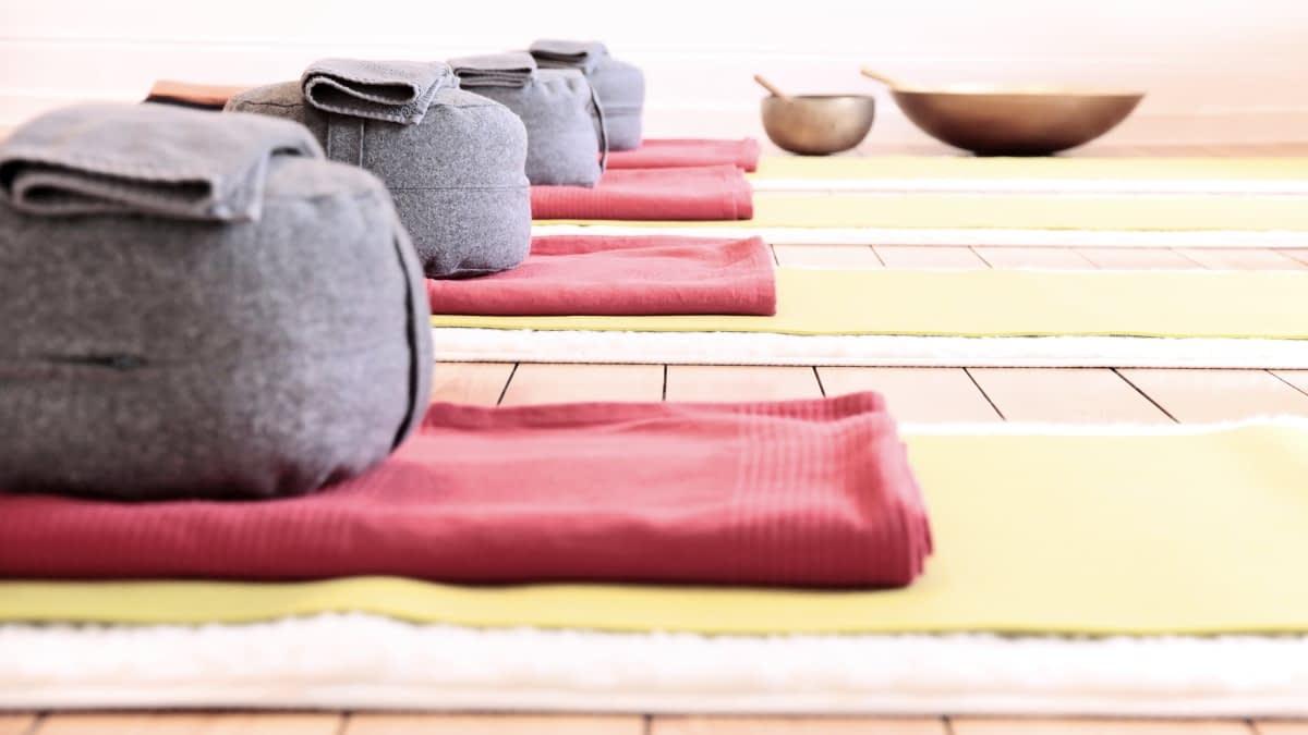 Meditationskissen und Decken
