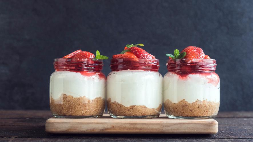 Erdbeer-Butterkeks-Dessert