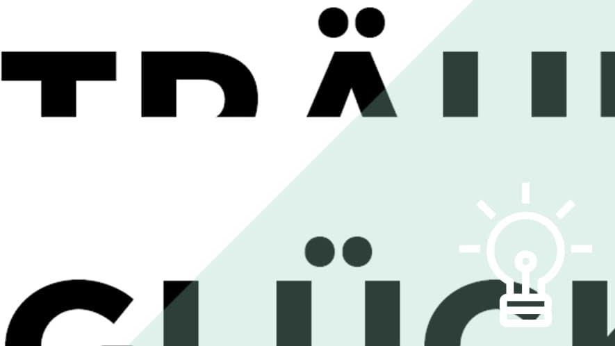 Halbe Buchstaben mit Glühbirne