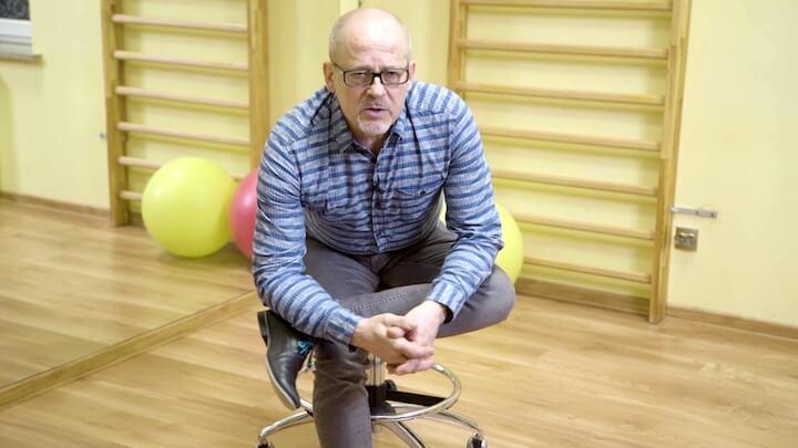 Ćwiczenia z krzesłem obrotowym