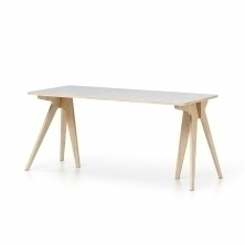 Stůl Moody
