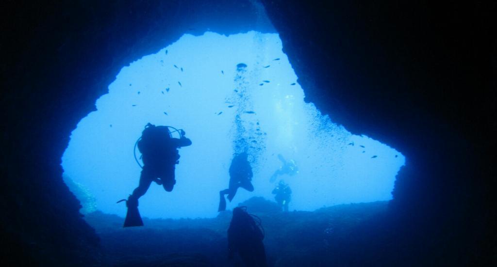 elephant cave crete