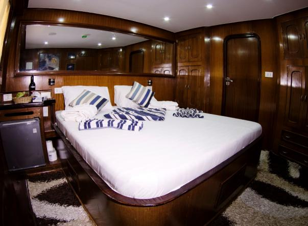 Picture added by M/y Heaven Saphir