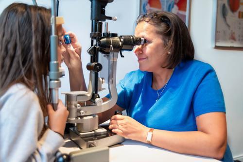 dr jamila fikri  ophtalmologue   prenez rendez