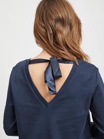 Langarmpullover mit Rückenausschnitt