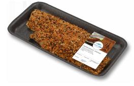 Raeucherfisch-aus-dem-Kuehlregal-Produkte-Makrelenfilet-Pfeffer