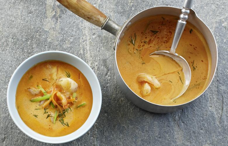 Krustentiersuppe-mit-Currysahne-Rezepte-Hauptgerichte-780x500
