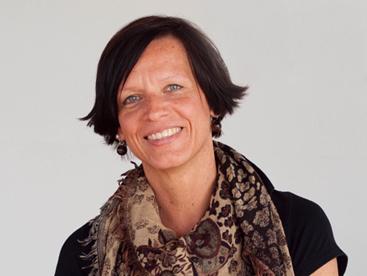 Ansprechpartner-Karriere-Stefanie-Kirstein-Aufmacher-Unternehmen-ueber-uns
