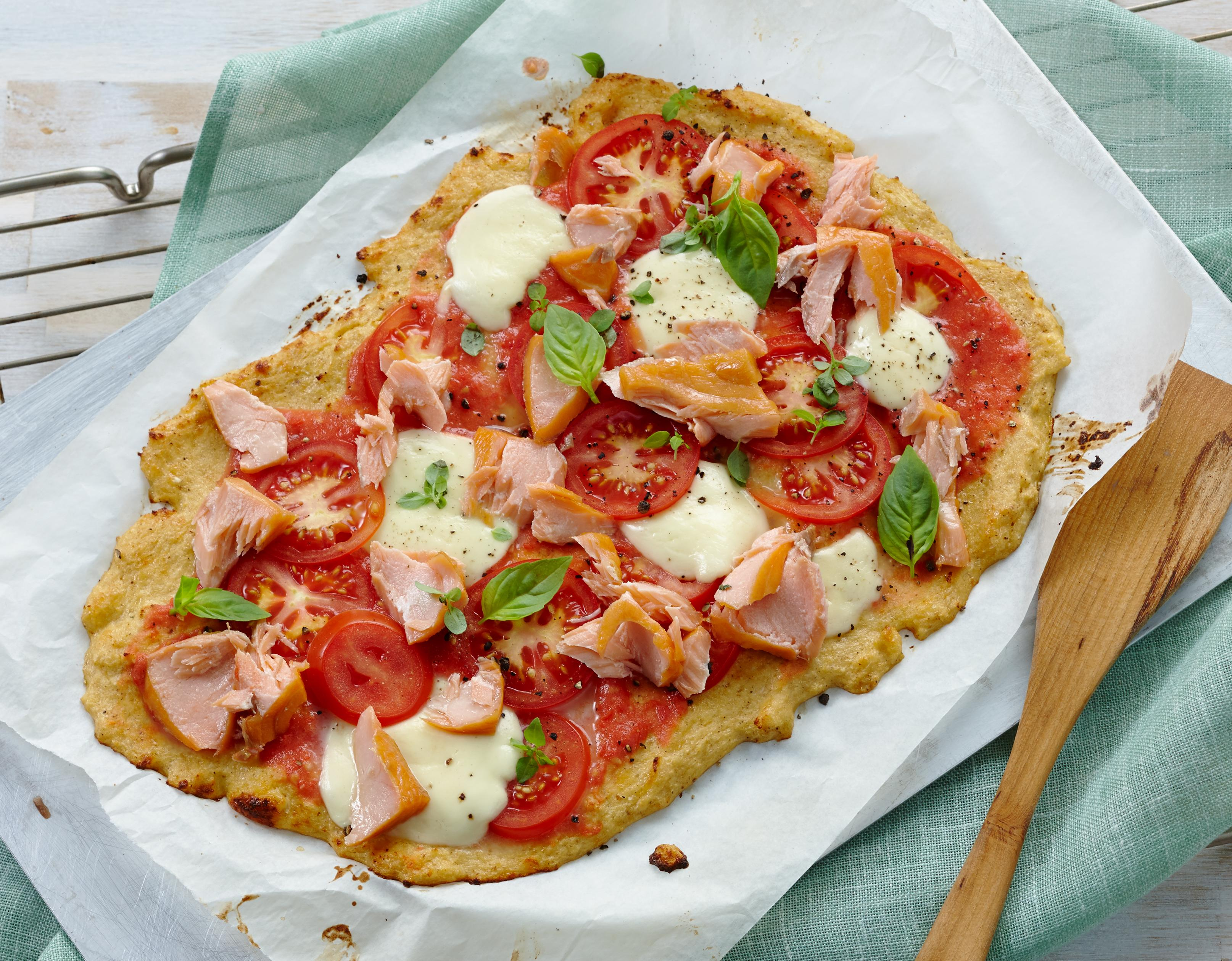 Low-Carb-Pizza mit Stremellachs