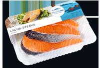 Frischer-Fisch-aus-dem-Kuehlregal-Lachs-Steaks-Produkte-Spezialitaeten