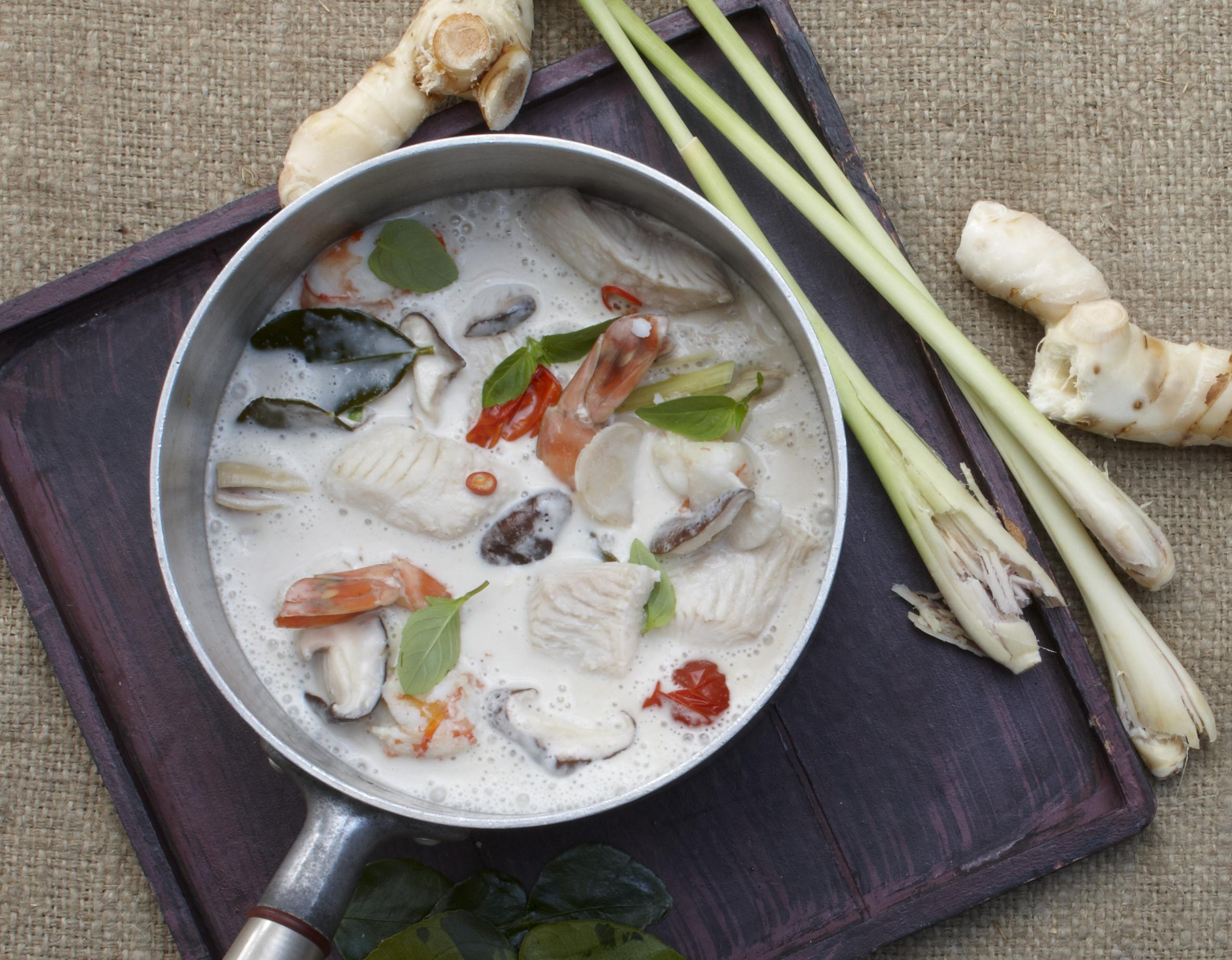 Thai-Suppe mit Pangasius & Garnelen