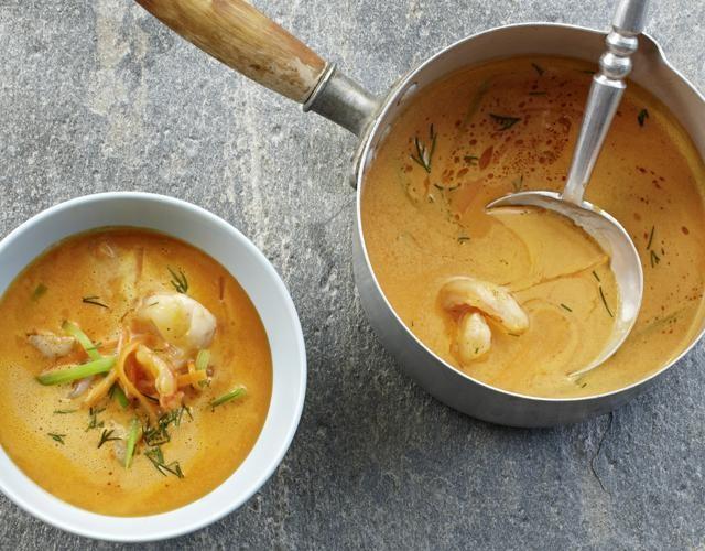 Rezept: Krustentiersuppe mit Currysahne