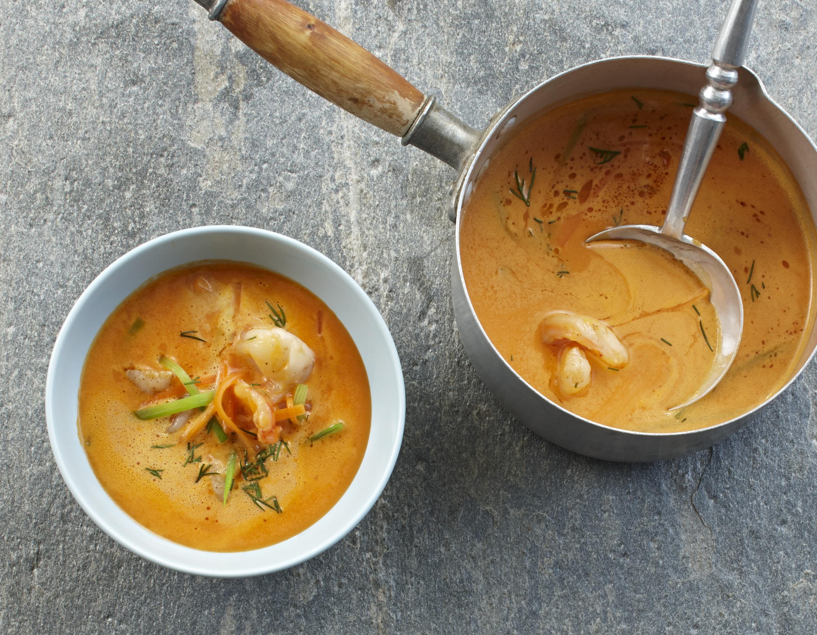 Krustentiersuppe mit Currysahne