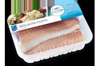 Frischer-Fisch-aus-dem-Kuehlregal-Seelachs-Filets-Produkte-Spezialitaeten