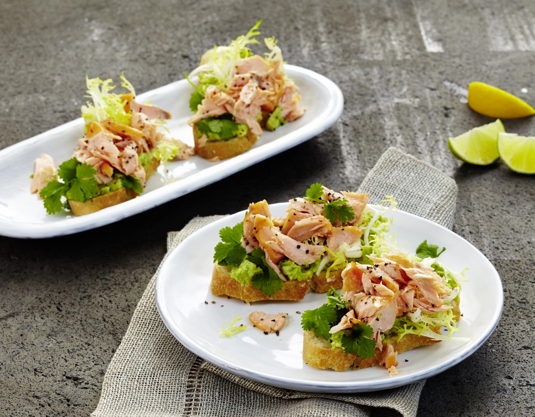 Pulled-Salmon-Crostini
