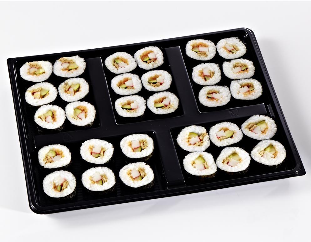 Futomaki mit gebackenem Tofu, Masago, Surimi und Zucchini