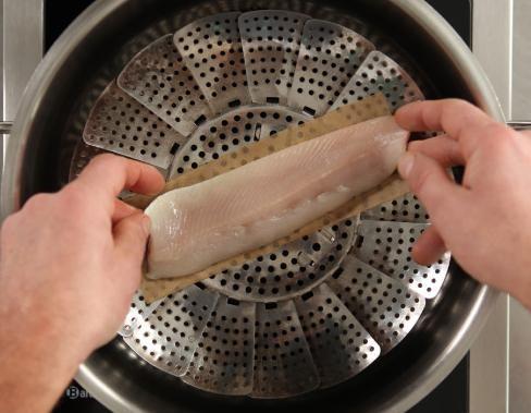 Wie räuchere ich Fisch im Kochtopf?