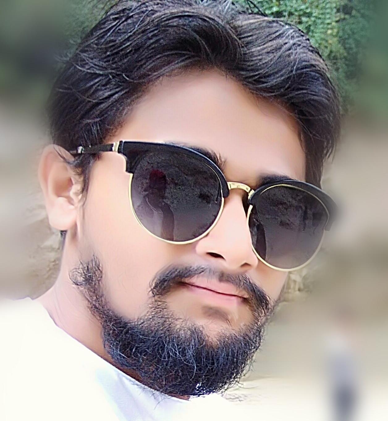 Bhuwan Thaps