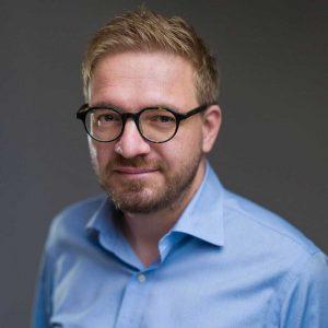 Cristian Lupsa (Co-founder and Editor, Decat o Revista)