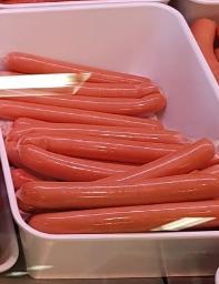 Wiener im Kunstdarm