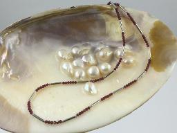 Collier Granat mit Silberstäbchen - Einzelstäbchen