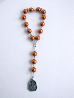 Glass Infant Jesus Chaplet - Orange