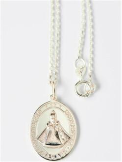 Medailka stříbrná - Pražské Jezulátko - oválná s řetízkem