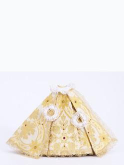 Šaty 21cm / 8.27in (na sošku Pražského Jezulátka porcelánovou 34,5cm / 13.58in a pryskyřicovou 24cm / 9.45in) - zlaté