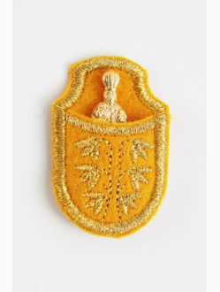 Infant Jesus of Prague in casing - gold-plated-yellow
