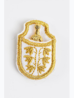 Infant Jesus of Prague in casing - gold-plated-white