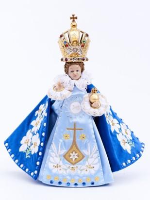Pražské Jezulátko pryskyřicové oblečené – zmenšená Kopie 24cm / 9.45in s keramickou korunou - modré - vzor Karmel