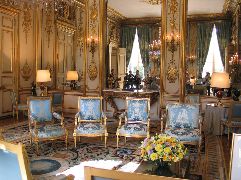 hollande receives german opposition leader. Black Bedroom Furniture Sets. Home Design Ideas