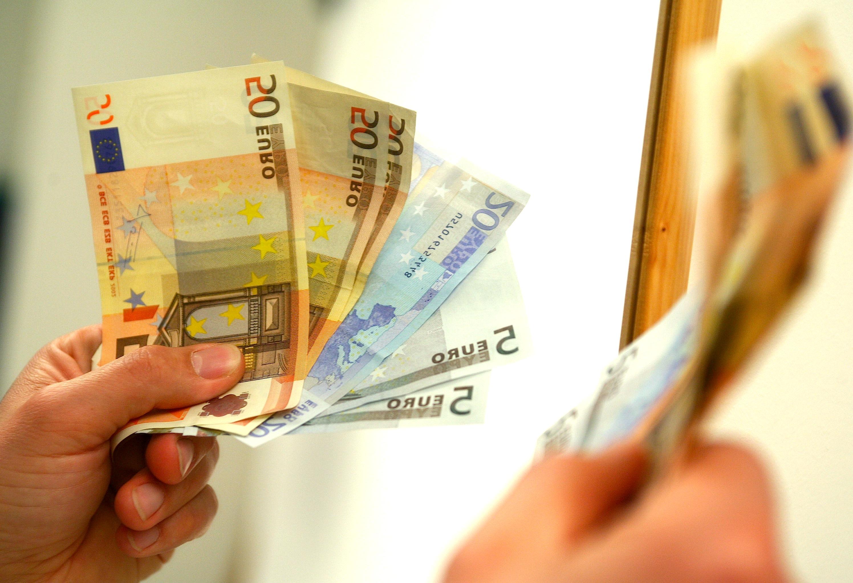 bribe behind