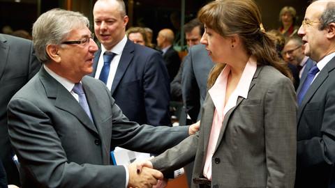 ddee2cef52a128 EU refuses to  name and shame  environment slackers