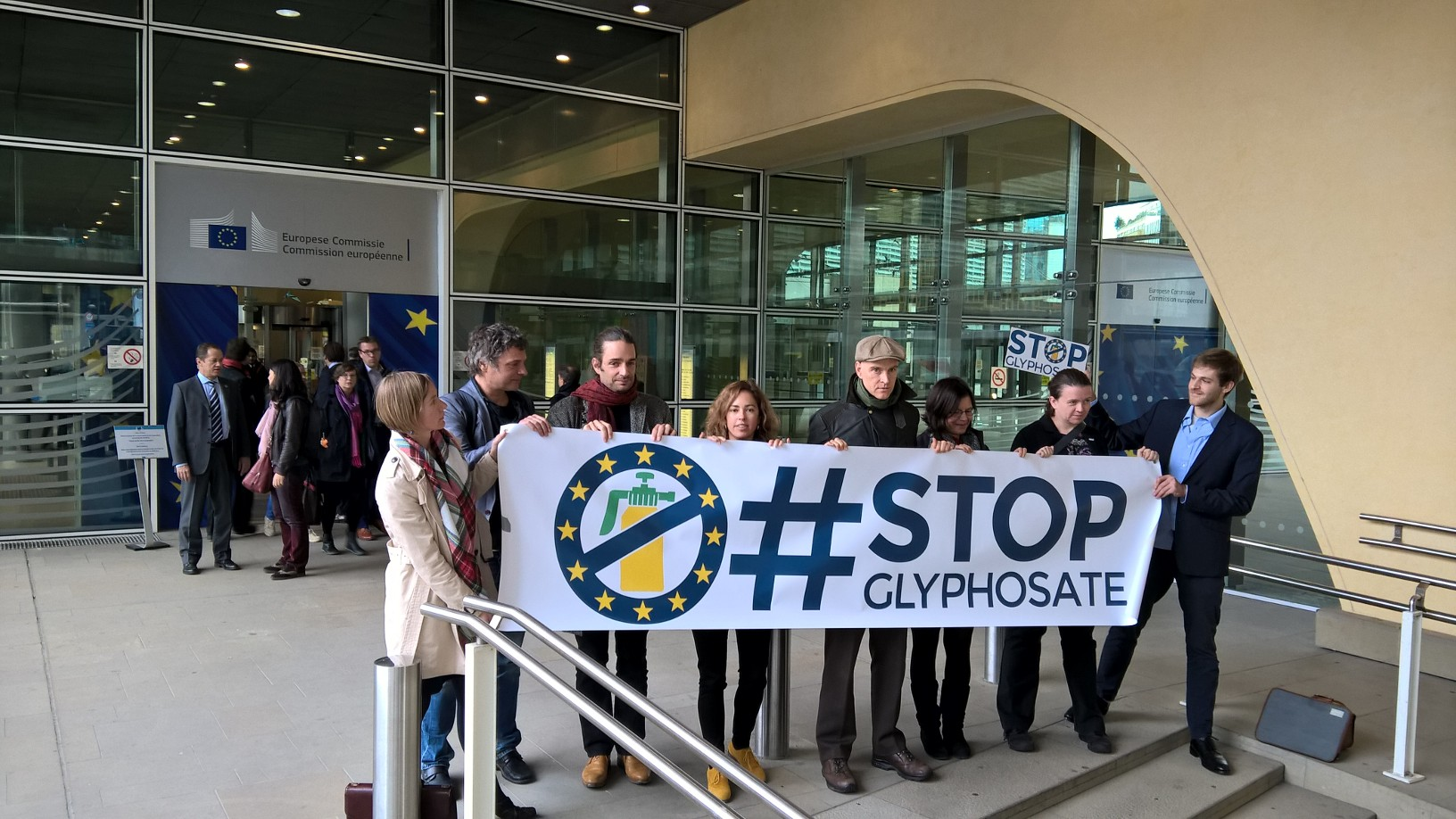 European Parliament votes to ban glyphosate by 2022 in non-binding vote