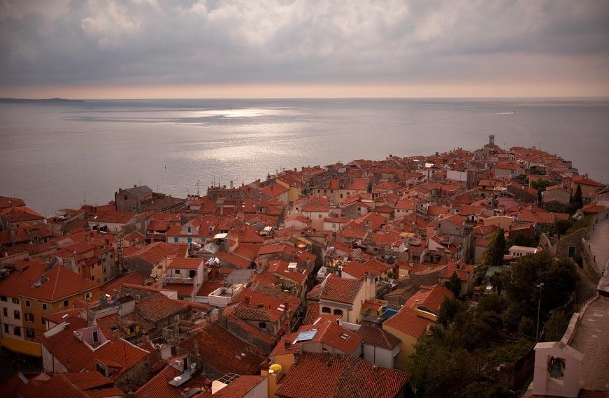 Judges award Slovenia high seas access in row with Croatia