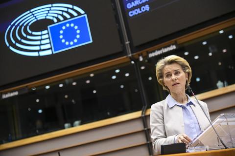 Von der Leyen tells Poland and Hungary to go to court