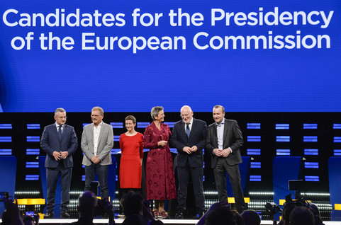 EU political groups start to hammer out coalition content