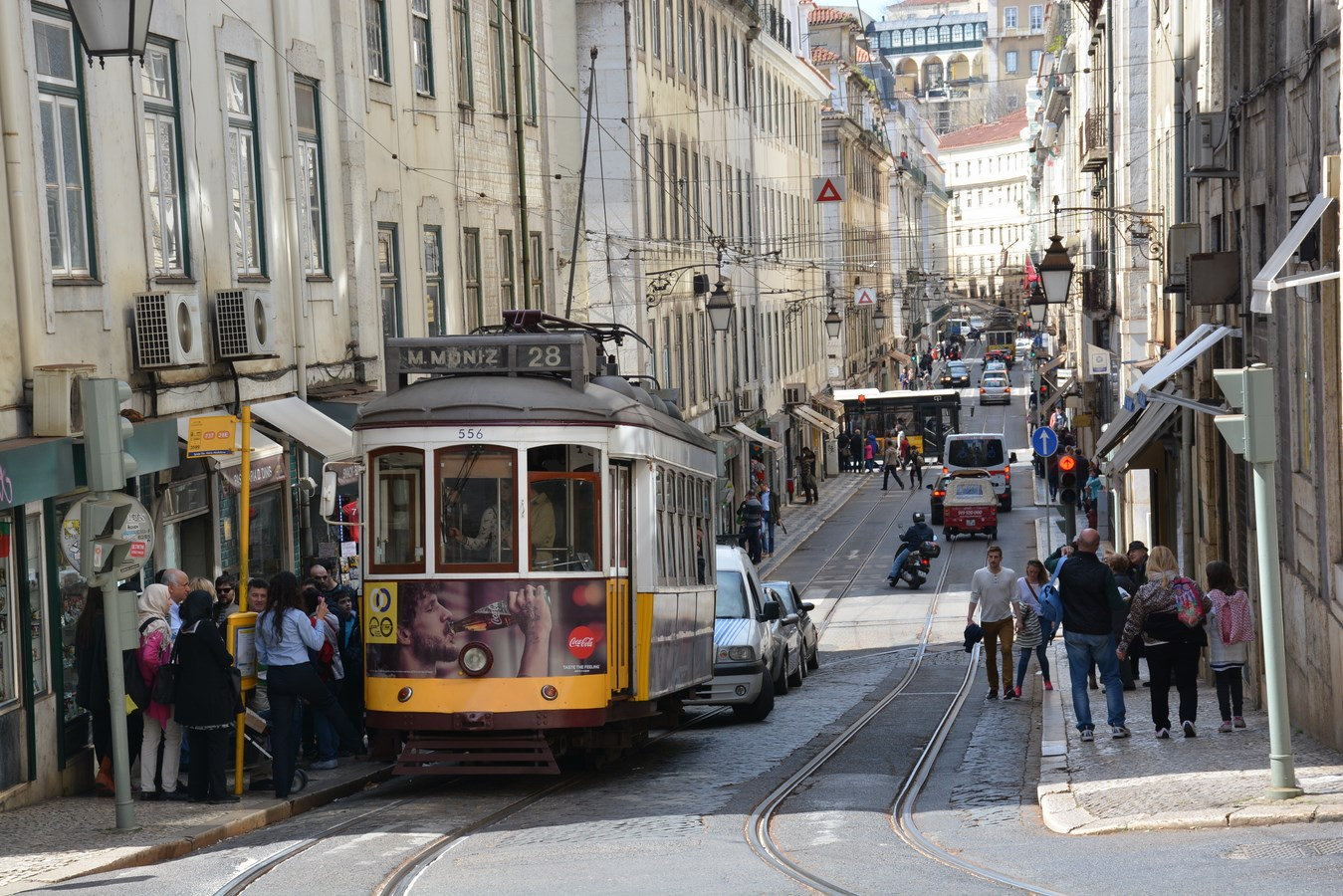 Portugal hailed by European Union for slashing deficit