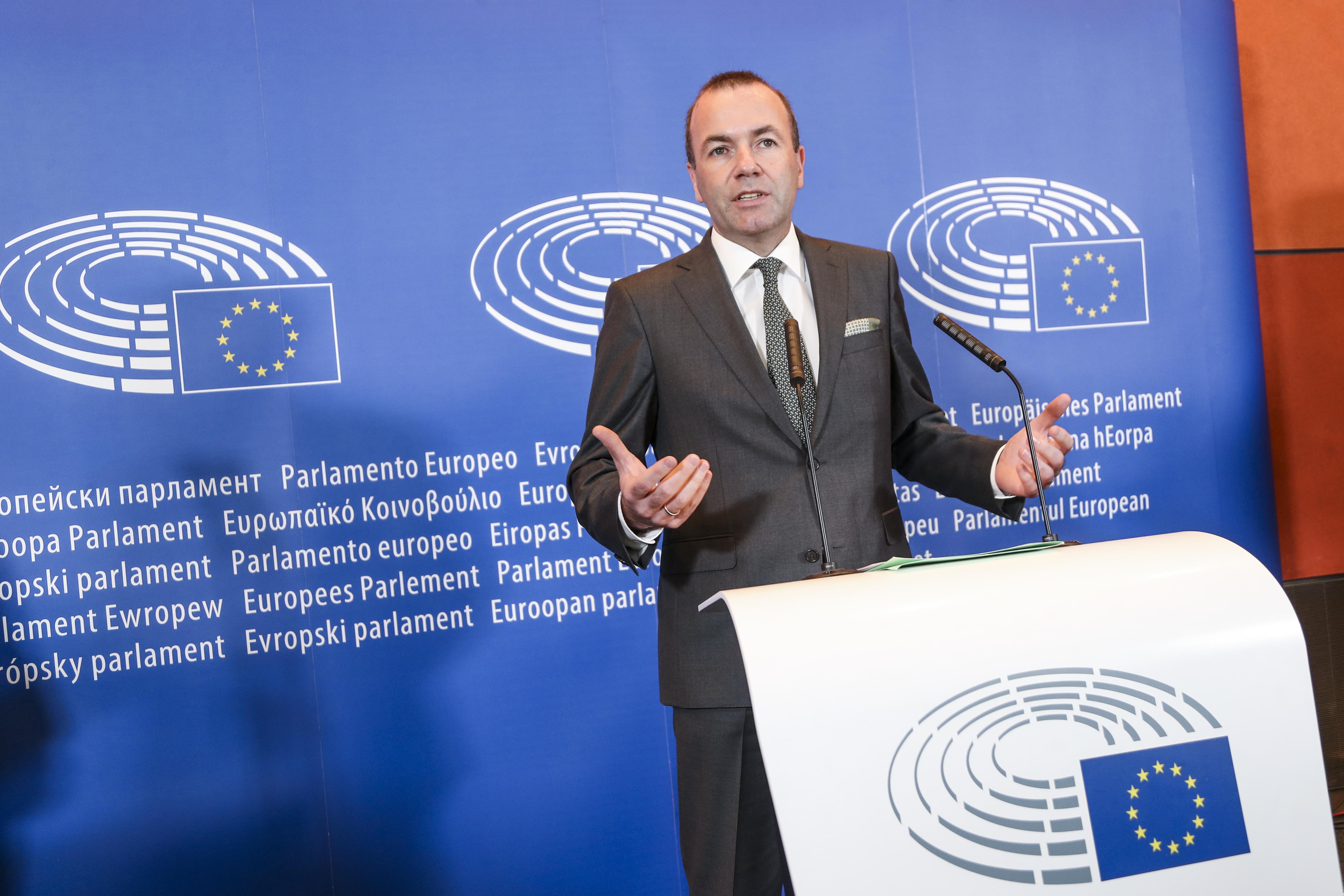 Weber vow to block Nord Stream 2 amid 'sue' threat