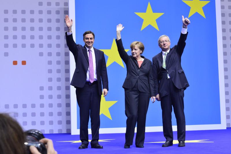 """Commissione Ue, l'allarme di Cameron: """"Gb fuori dall'Unione con Juncker presidente"""" 8769fd3781c8fa652938b25eaa608e37-800x"""