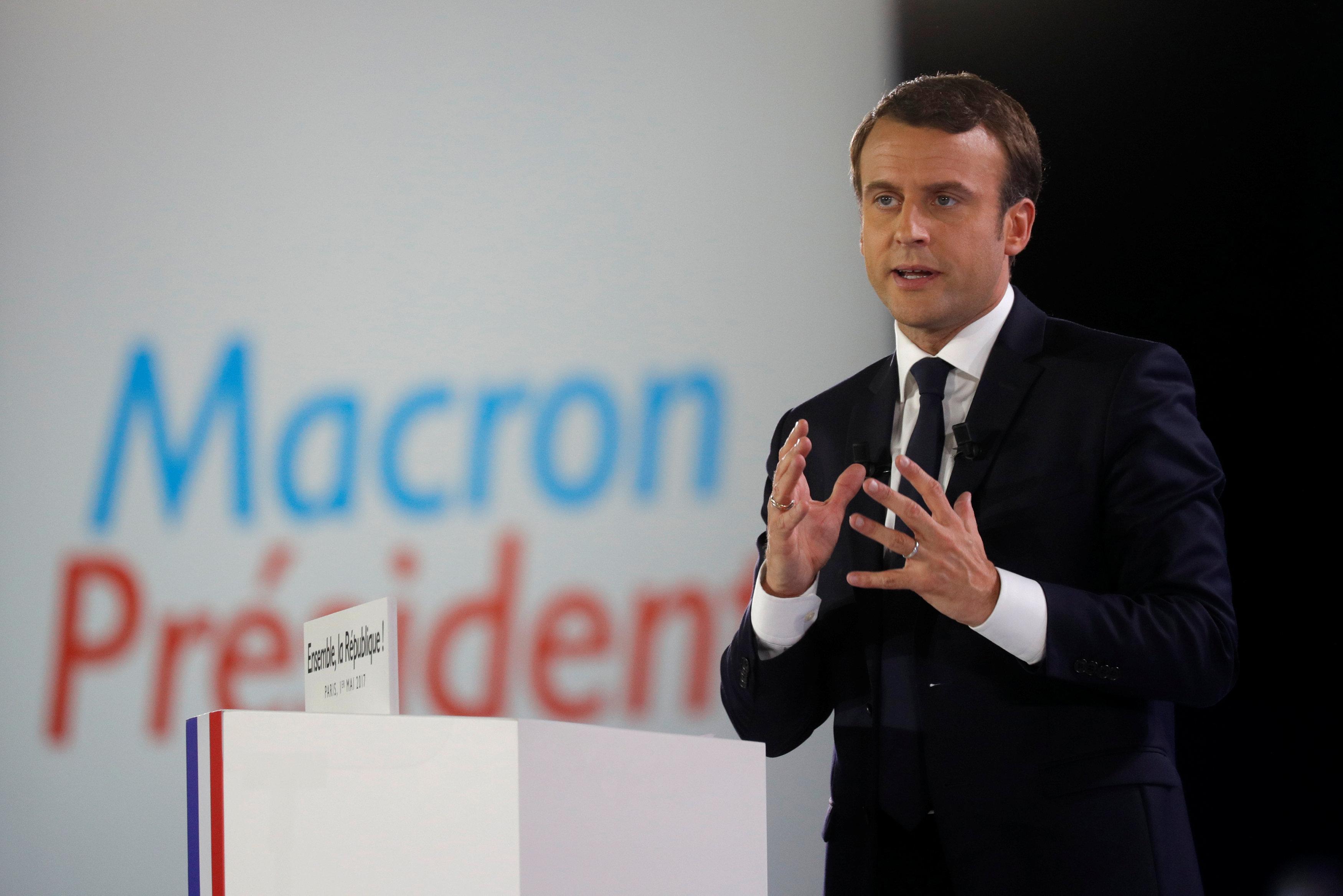 President Tsai congratulates French President-elect Macron