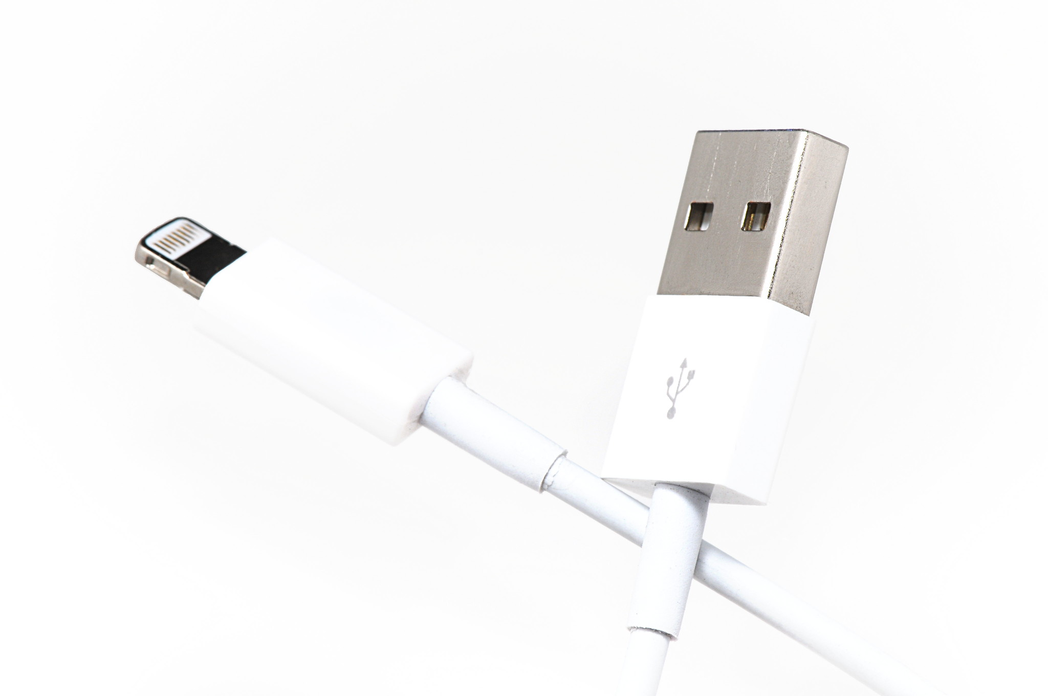 European Union wants Apple's Lightning port gone